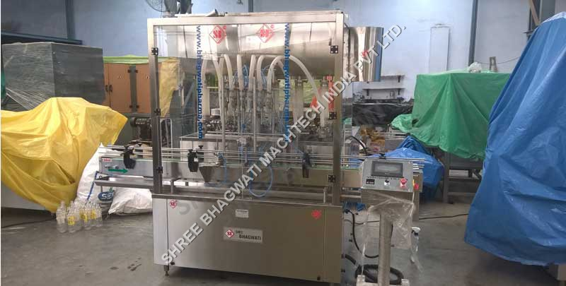 Liquid Bottle Piston Filling Machine